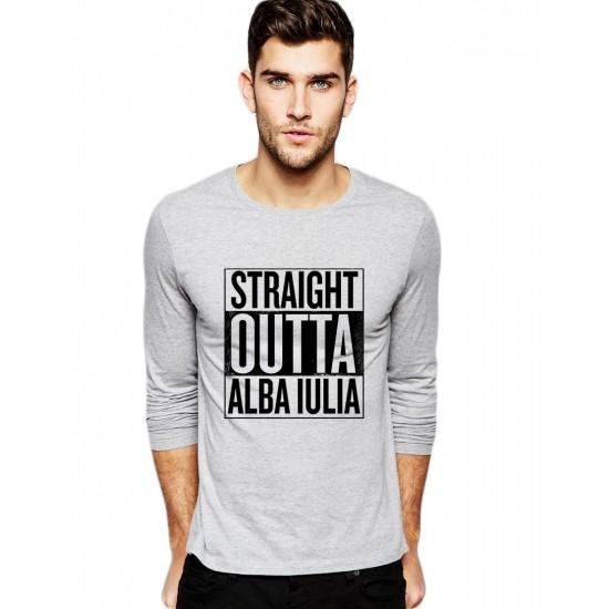 Bluza barbati gri cu text negru - Straight Outta Alba Iulia