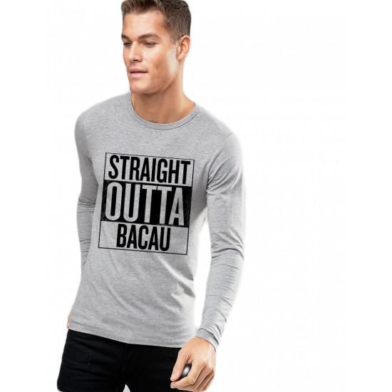 Bluza barbati gri cu text negru - Straight Outta Bacau